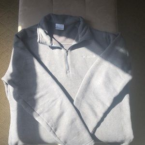 Men's Columbia pullover size Large.